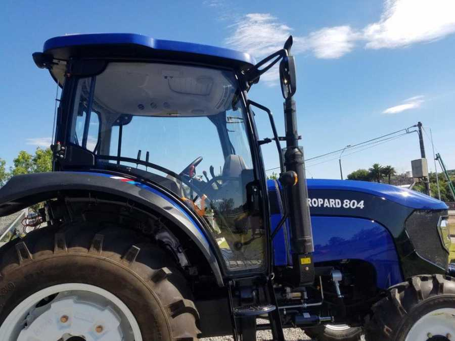 Tractor Foton FT804